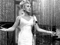 Nora Nova, DE 1964